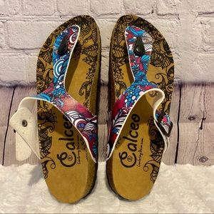 CALCEO SIZE 10 BRIGHT PRINT THONG SLIDES